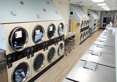 Clinton laundromat clinton conneticut affordable washing 860 662 9134 soap and bleach vending bill changer dispenses quarters ample parking self service laundry coin operated do it yourself solutioingenieria Gallery